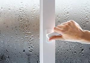прозорец с конденз
