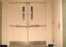 Вътрешни входни пожарозащитни врати с алуминиев профил Бургас