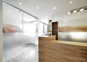 Стилни стъклени пожароустойчиви врати за офиси Бургас