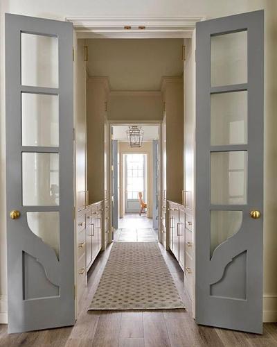 Сива остъклена  вътрешна  врата Трейдплас Бургас